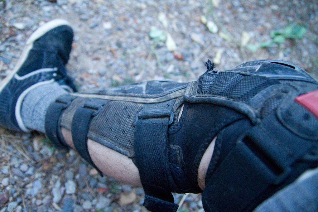 Lizard Skin Knee/Shin Combo Body Armor Lock Loops, Blister Gear Review