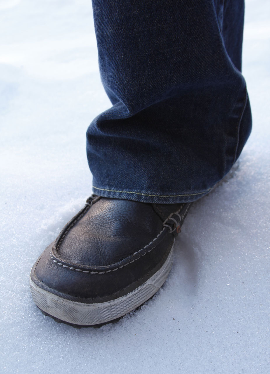 Merrell Reze Mid With Jeans, Blister Gear Review