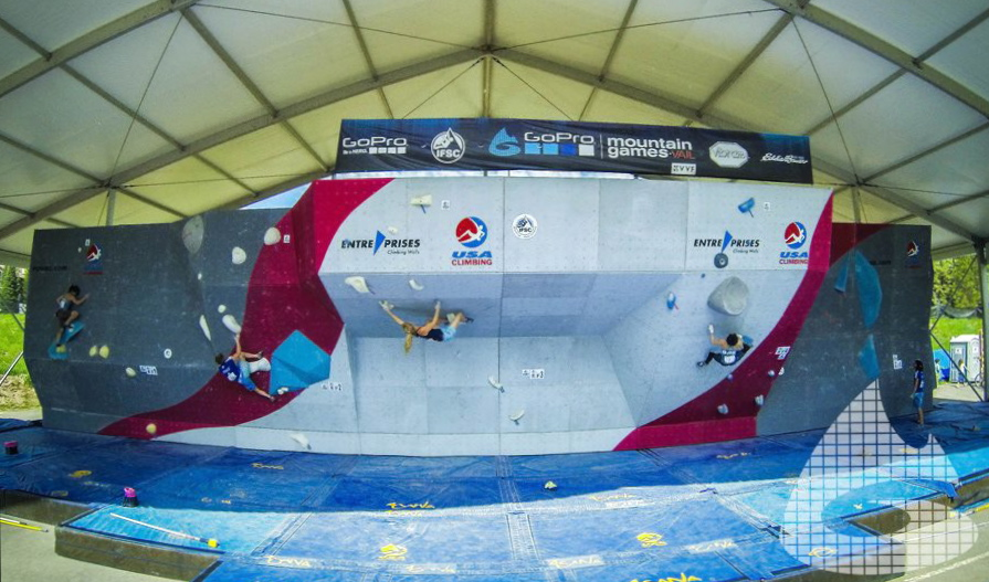 Bouldering championships, Blister Gear Review.