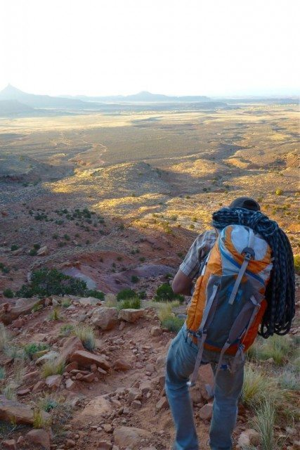 Mile High Mountaineering Salute 34, Blister gear Review.