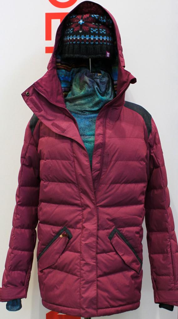 DC women's jacket, SIA, Blister Gear Review