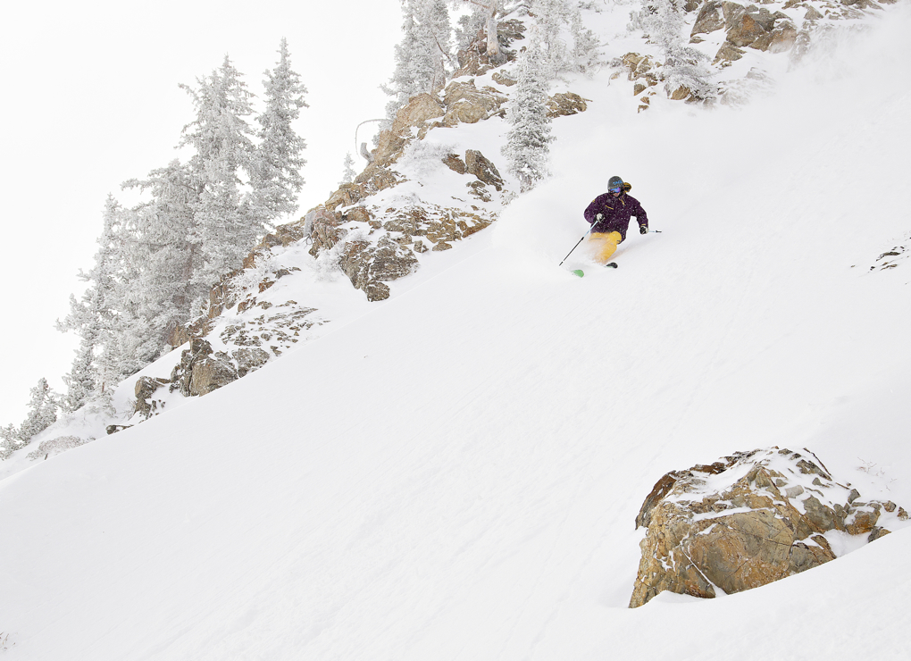 Jason Hutchins reviews the Black Diamond AMPerage from Alta Ski Area for Blister Gear Review