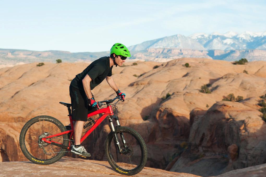 Tom Collier reviews the Bern Morrison helmet, Blister Gear Review