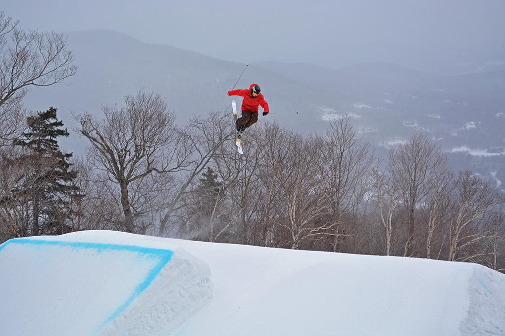 Tucker Nixon reviews the Caravan Skis SB 100, Blister Gear Review