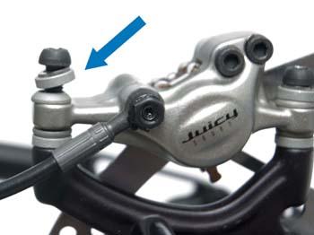 Noah Bodman reviews the Avid Elixir 9 Trail Brakes, Blister Gear Review