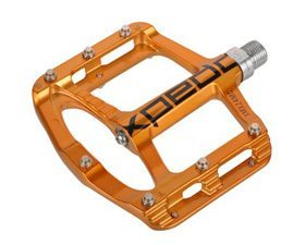 Tom Collier reviews the Xpedo Spry flat pedals, Blister Gear Review