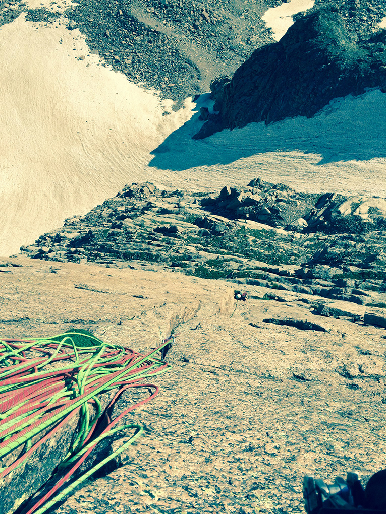 Dave Alie reviews the Mammut Twilight twin rope, Blister Gear Review.