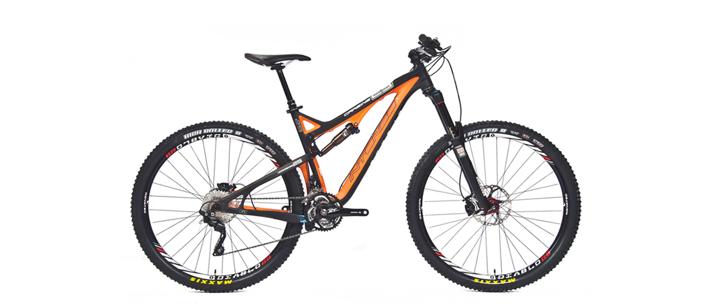 Tom Collier reviews the Intense Carbine 29, Blister Gear Review