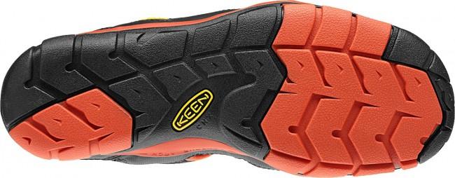 John Nestler reviews the Keen Gallatin CNX water shoe, Blister Gear Review