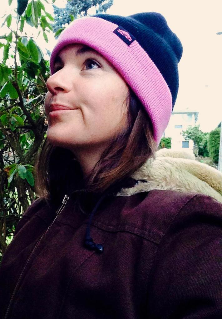 Kate Hourihan reviews the Discrete Zhu Beanie, Blister Gear Review.