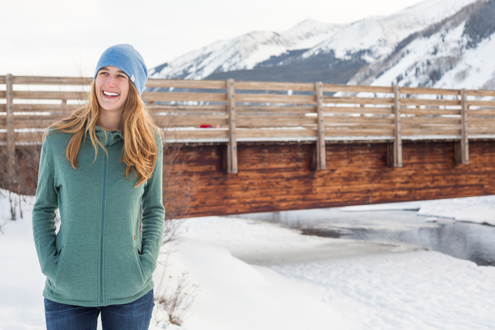 Julia Van Raalte reviews the Burton Mountain Negani Fleece, Blister Gear Review