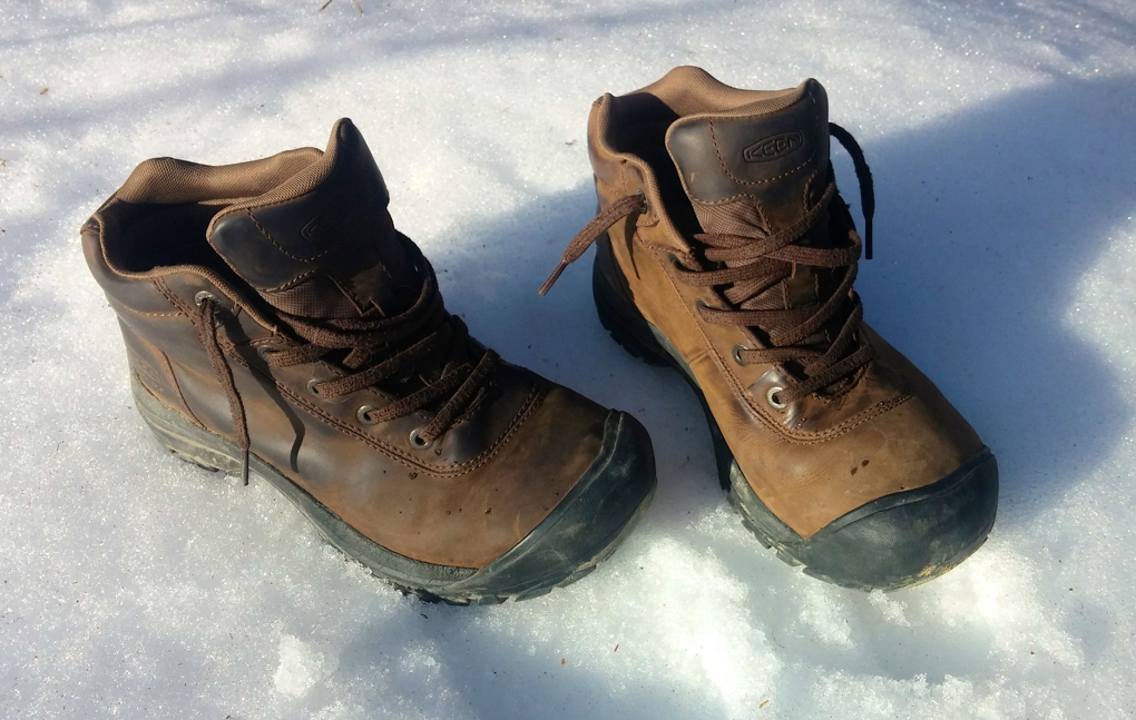 Jonathan Ellsworth reviews the Keen Briggs Mid WP, Blister Gear Review