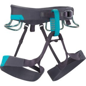 Anneka Door reviews the Black Diamond Ethos Harness, Blister Gear Review