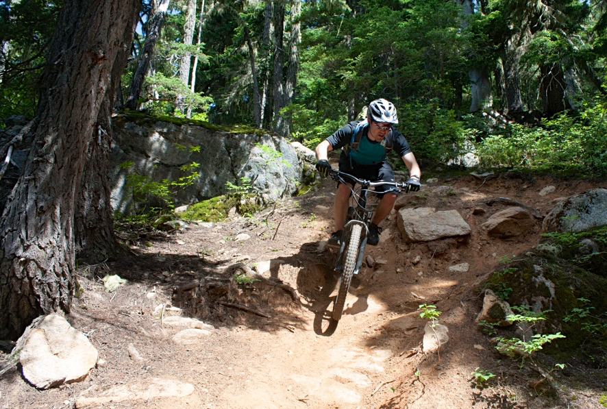 Tom Collier reviews the Race Face Trigger Jersey, Blister Gear Review