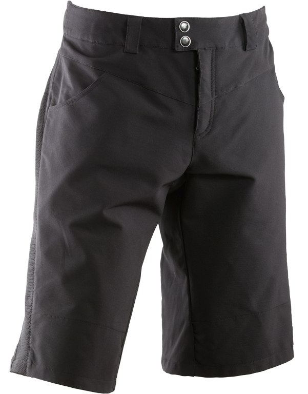 Tom Collier reviews the Race Face Indy Shorts, Blister Gear Review