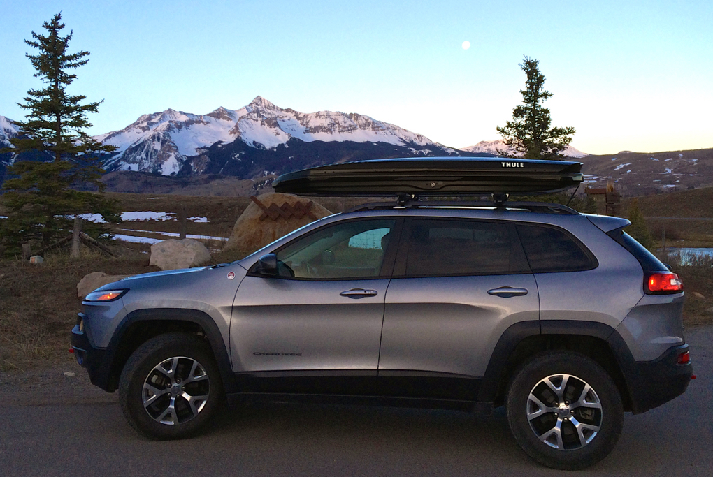 Garrett Altmann reviews the Thule Sonic Alpine Cargo Box, Blister Gear Review