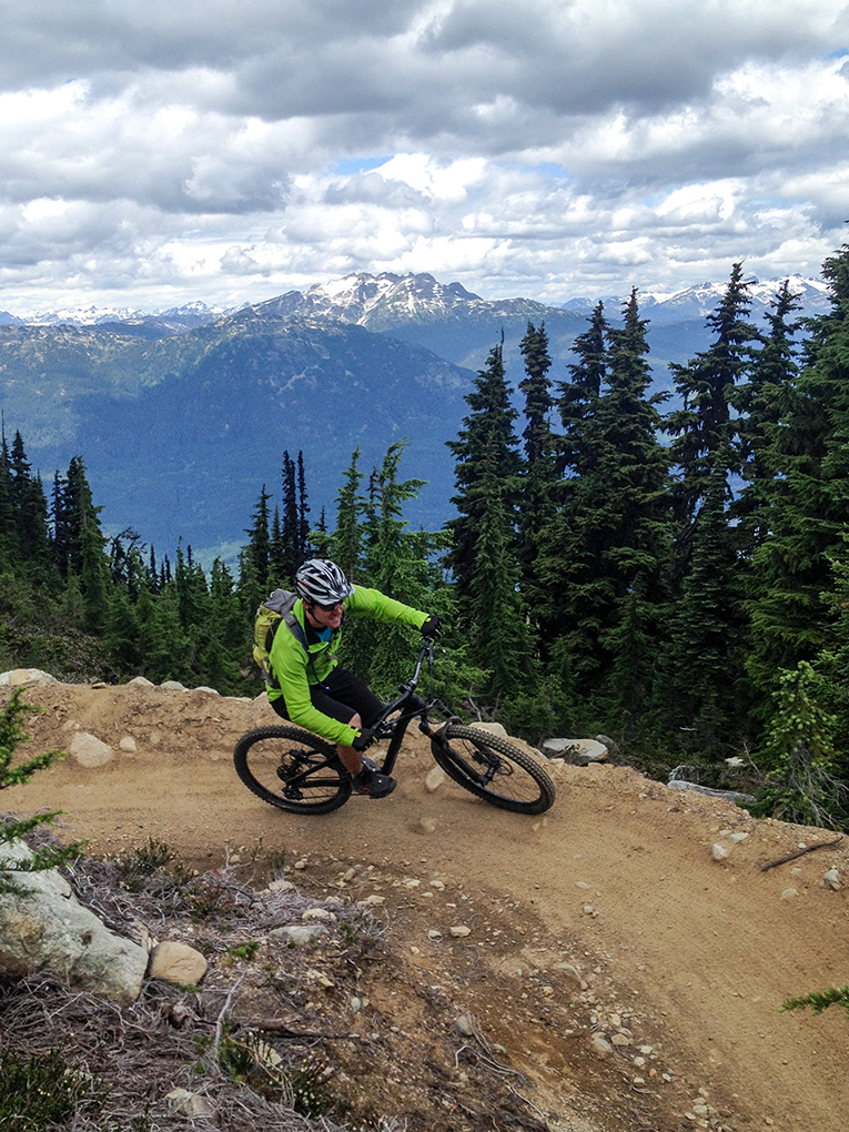 Thomas Collier reviews the Specialized Enduro FSR Expert Carbon 26, Blister Gear Review