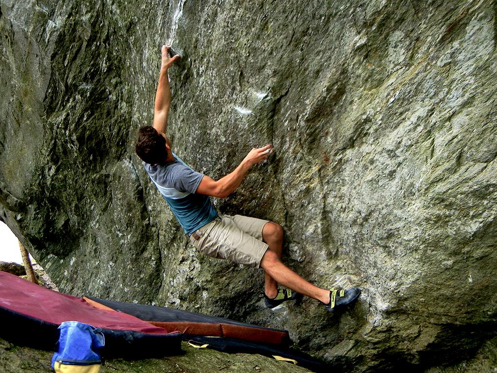 Jamie Rushford reviews the SCARPA Furia Climbing shoe for Blister Gear review.