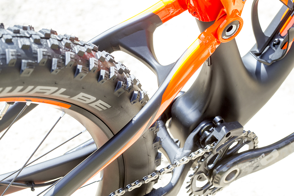 Tom Collier reviews the Scott Genius 700 Plus for Blister Gear Review.