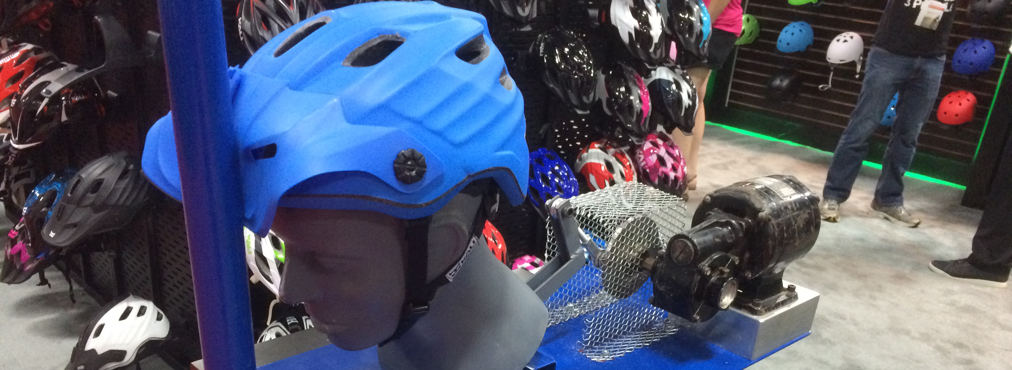 Cy Whitling reviews Interbike 2015 for Blister Gear ReviewCy Whitling reviews Interbike 2015 for Blister Gear Review