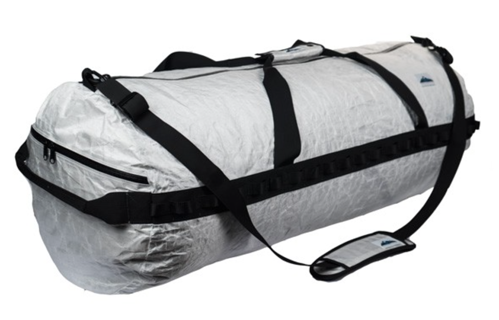 Cy Whitling reviews the Hyperlite Mountain Gear Dyneema Duffel for Blister Gear Review.