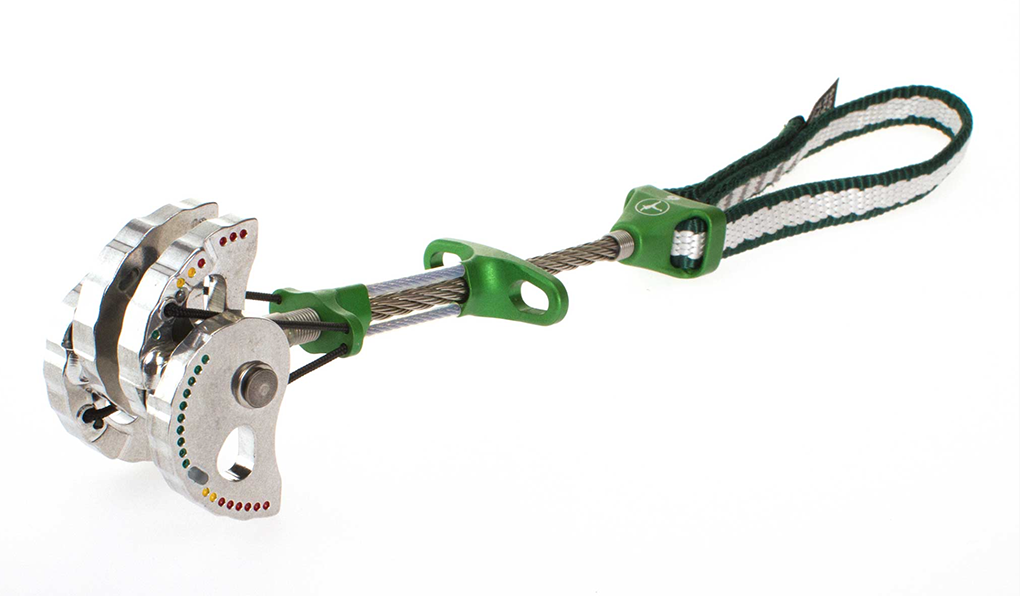 Dave Alie reviews the Metolius Ultralight Master Cam for Blister Gear Review.