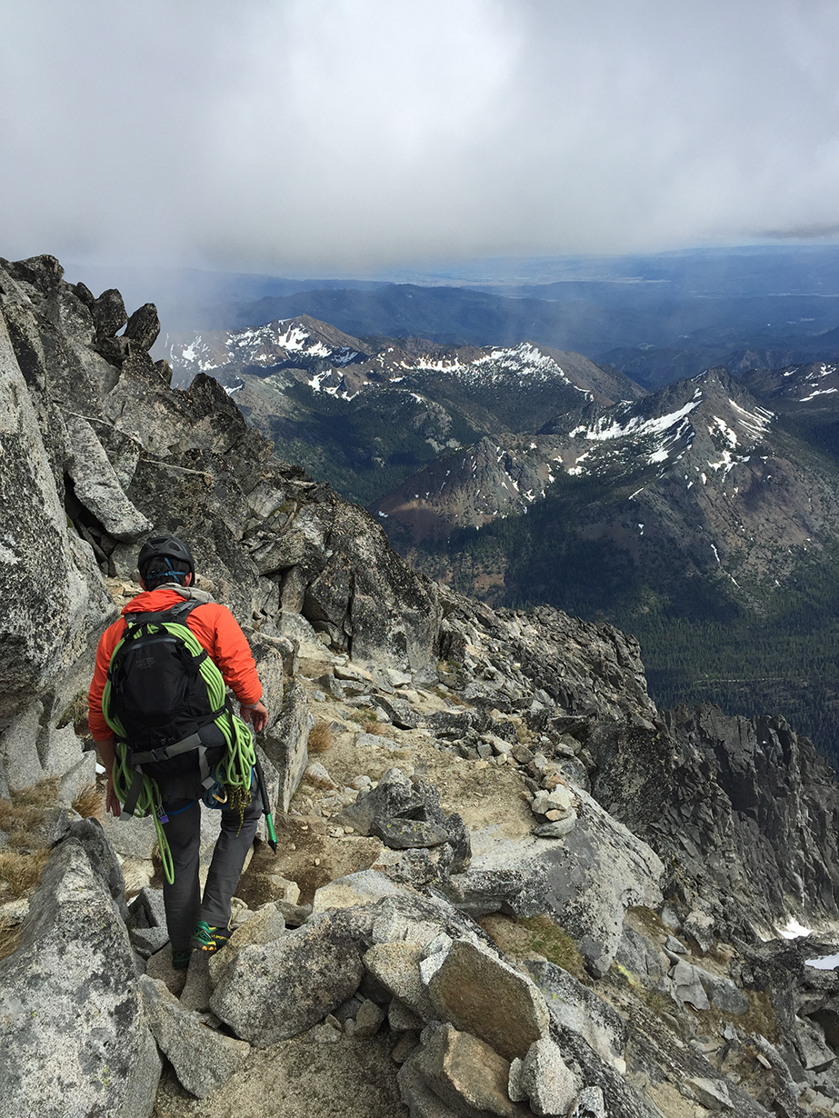 Matt Zia reviews the Mystery Ranch Pitch 40 Backpack for Blister Gear Review