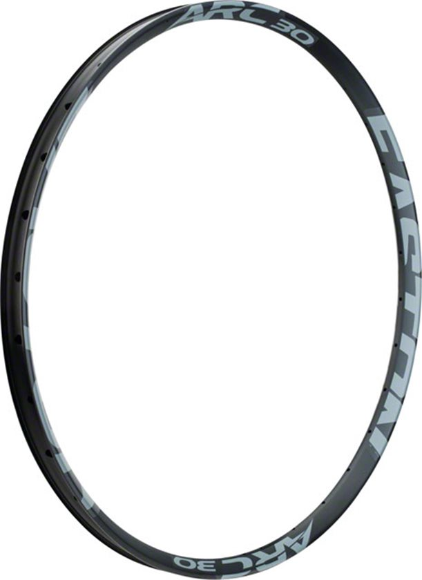 Branham Snyder reviews the Easton ARC 30 Rim for Blister Gear Review.