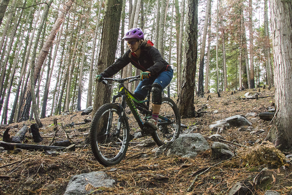 Erin Bodman reviews the Race Face Scout Jacket for Blister Gear Review.
