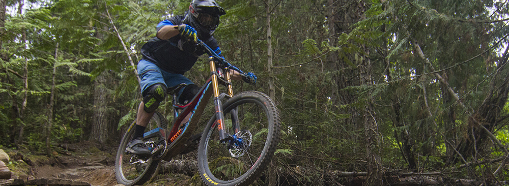 Noah Bodman reviews the Fox 40 fork for Blister Gear Review.
