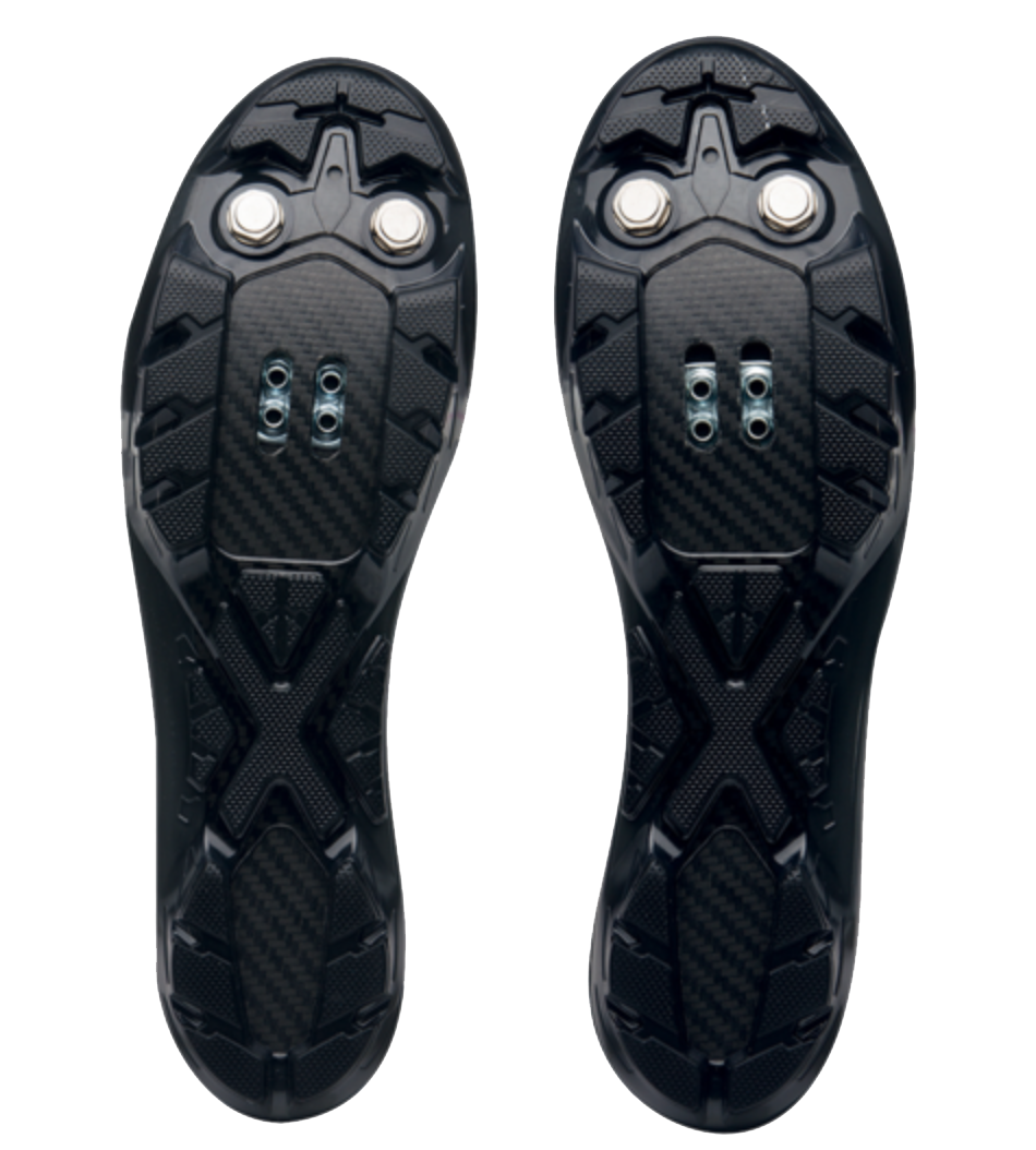 Cy Whitling reviews the Pearl Izumi X-Project 2.0 for Blister Gear Review