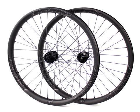 "Branham Snyder reviews the 2017 NOBL Wheels TR38 27.5"" Wheels for blister Gear Review."