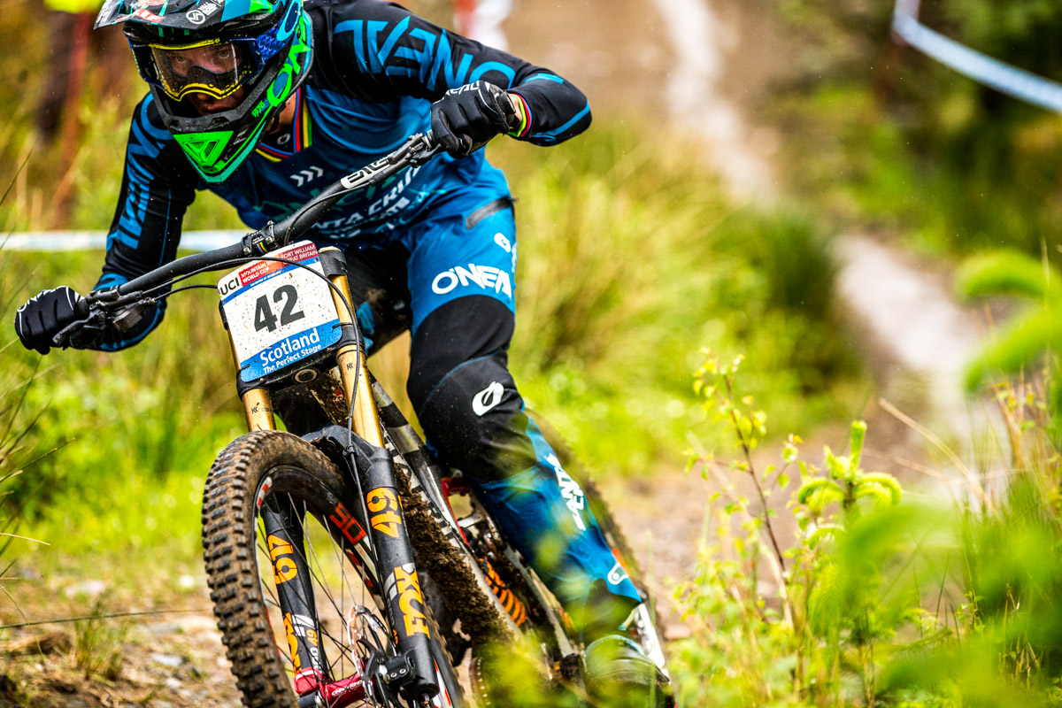 Greg Minnaar and the World Cup DH races in Cairns, Australia, on the blister podcast