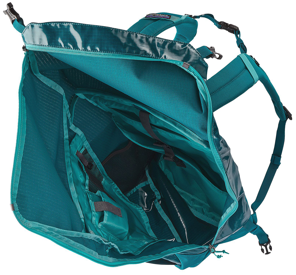 Luke Koppa reviews the Patagonia Black Hole 32L Backpack for Blister Review