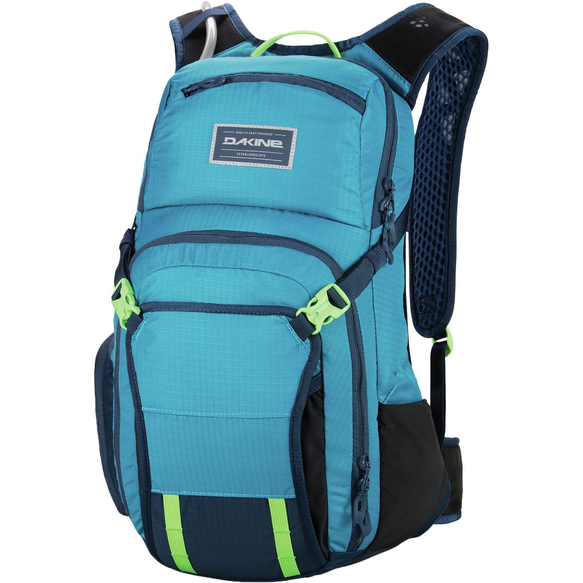 Xan Marshland reviews the Dakine Drafter 14L for Blister Review