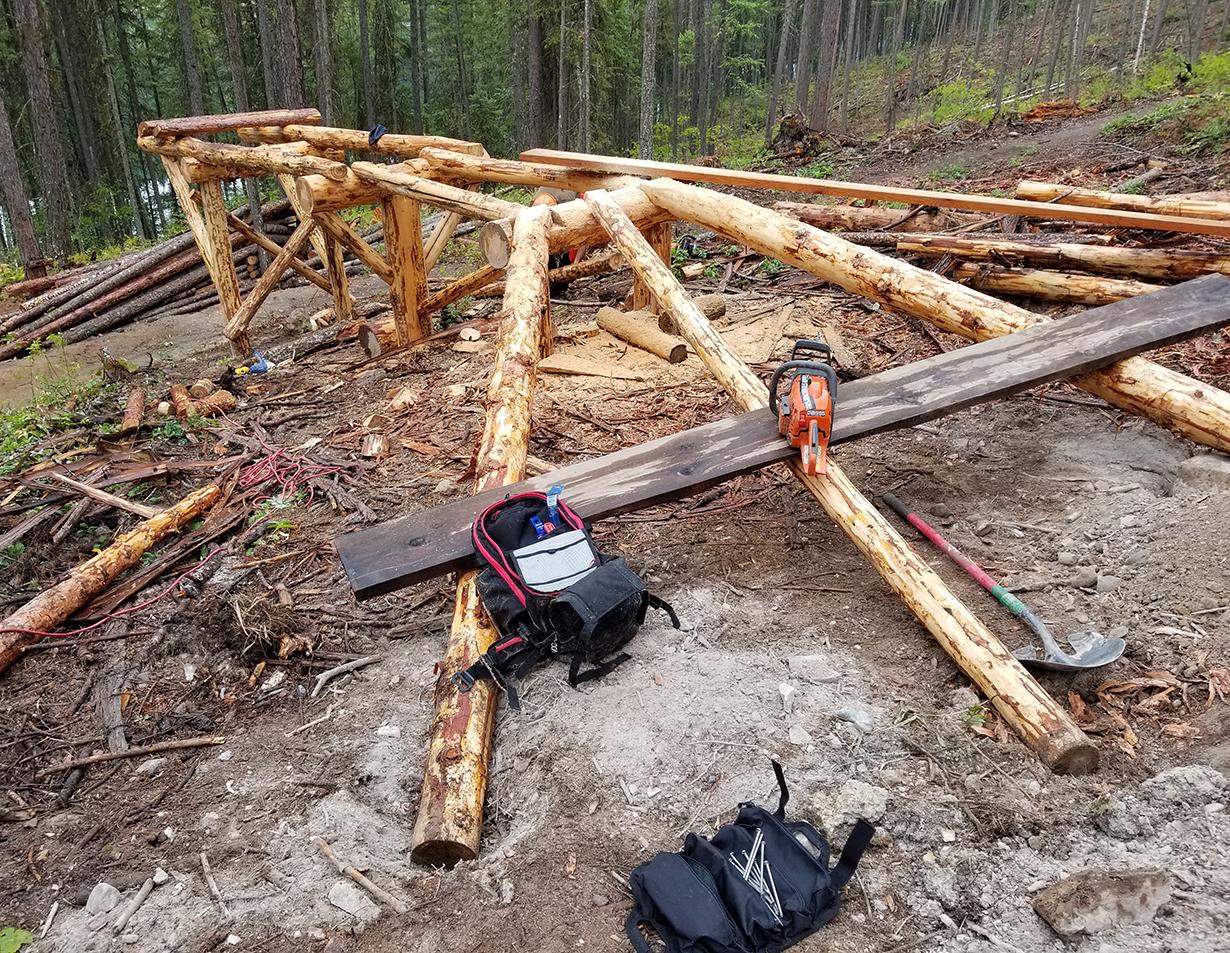 Noah Bodman reviews the Evoc Trail Builder Pack for Blister
