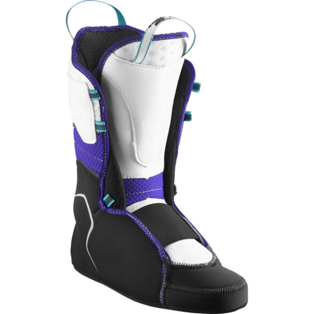 Kristin Sinnott reviews the Salomon MTN Explore W for Blister