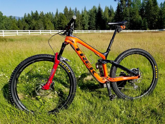 Trans BC Enduro Race Bike Check, Noah Bodman on Blister