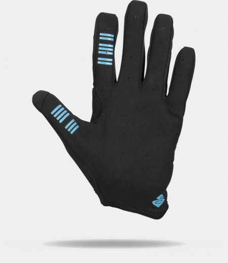 Noah Bodman reviews the Sweet Protection Hunter Mid Gloves and Hunter Shorts for BlisterNoah Bodman reviews the Sweet Protection Hunter Mid Gloves and Hunter Shorts for Blister