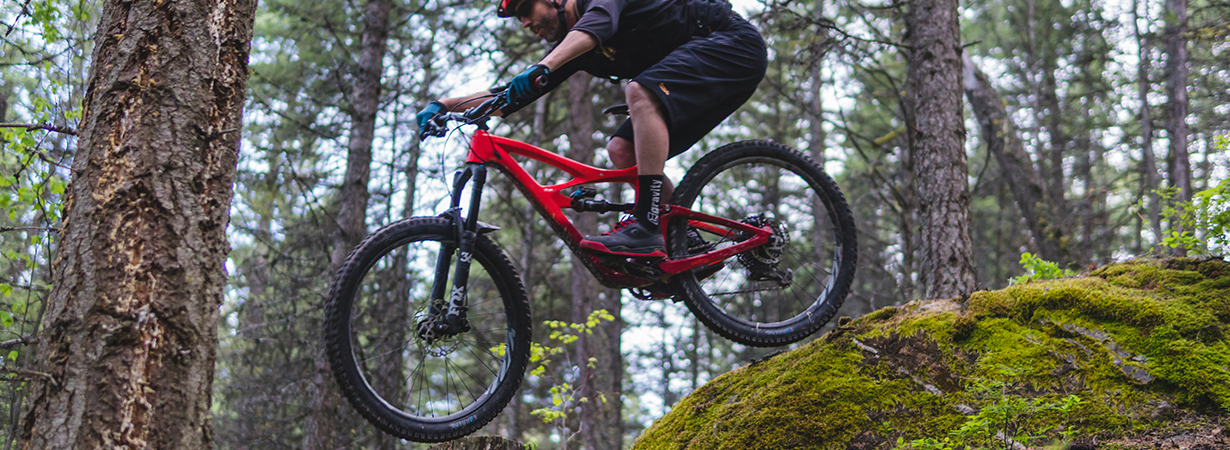 "Noah Bodman reviews the Terrene Chunk 2.6"" Tire for Blister"