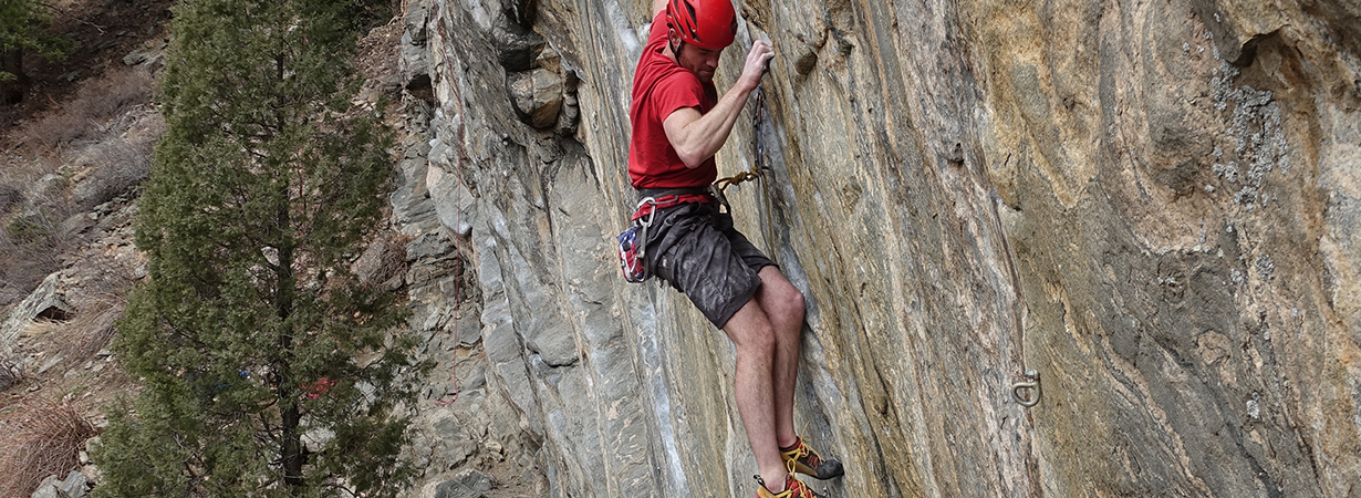 Dave Alie reviews the La Sportiva Genius for Blister