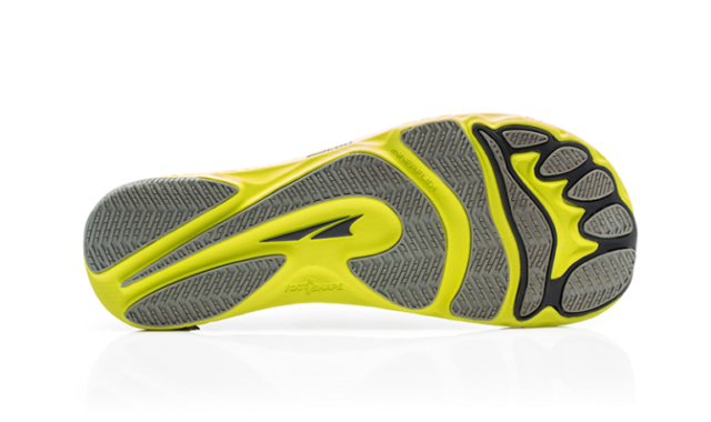 Jonathan Ellsworth reviews the Altra Boston Escalante Racer for Blister