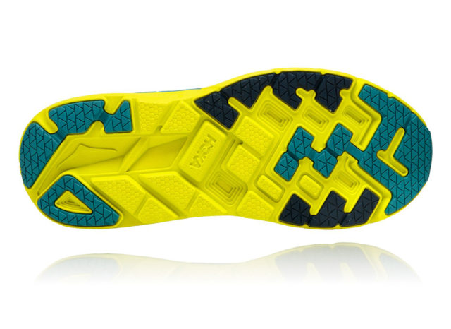 Luke Koppa reviews the Hoka One One Clifton 5 for Blister