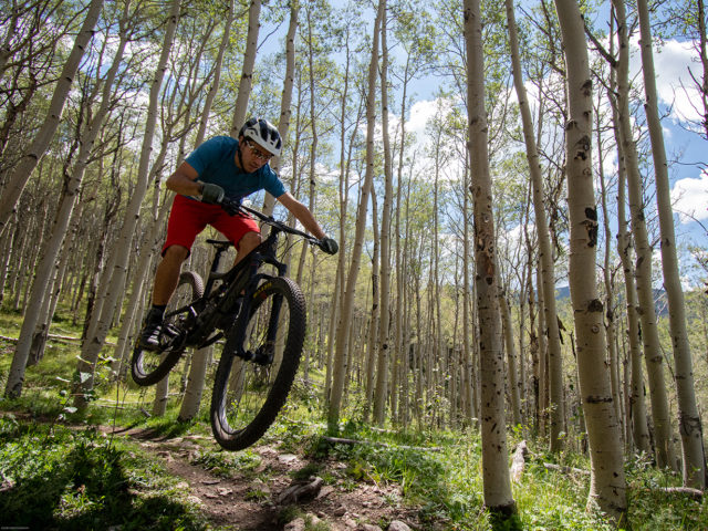 Nathan Williard reviews the Marzocchi Transfer Dropper Post for Blister