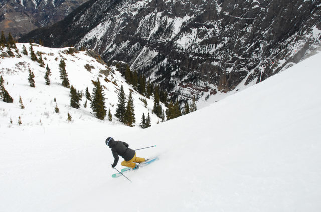 Kristin Sinnott reviews the Strafe Scarlett Bib Pant for Blister