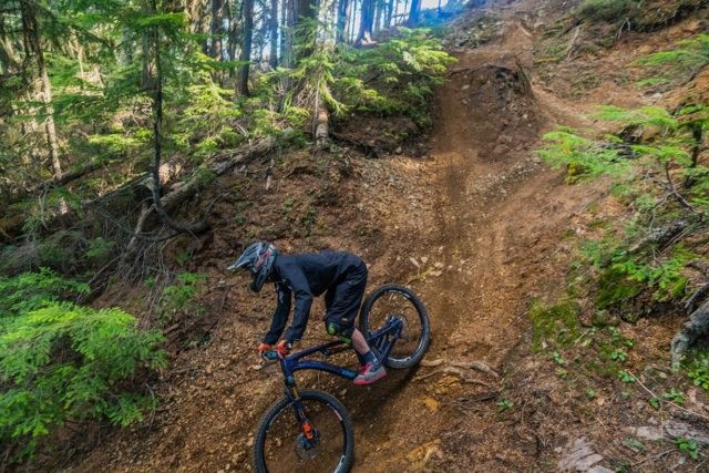 Noah Bodman reviews the Esker Elkat for Blister