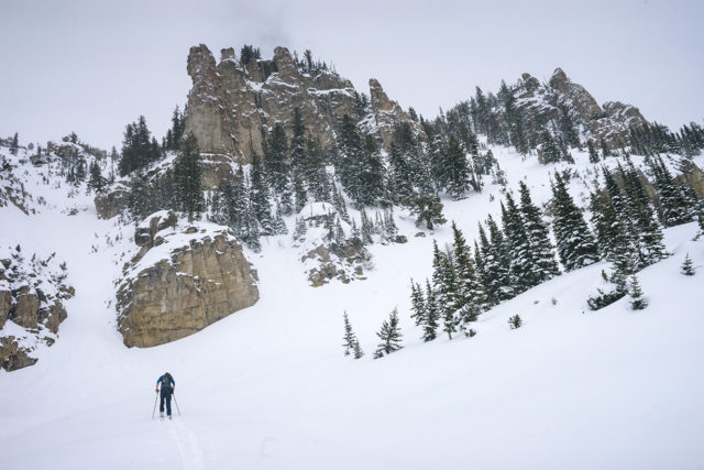 How and where to save weight on your backcountry skiing setup; Blister