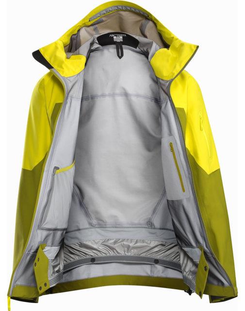 Luke Koppa reviews the Arc'teryx Sabre LT Jacket for Blister