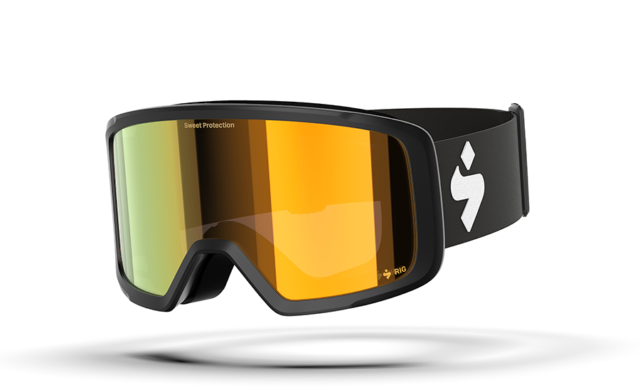 Sam Shaheen reviews the Sweet Protection Firewall Goggle for Blister