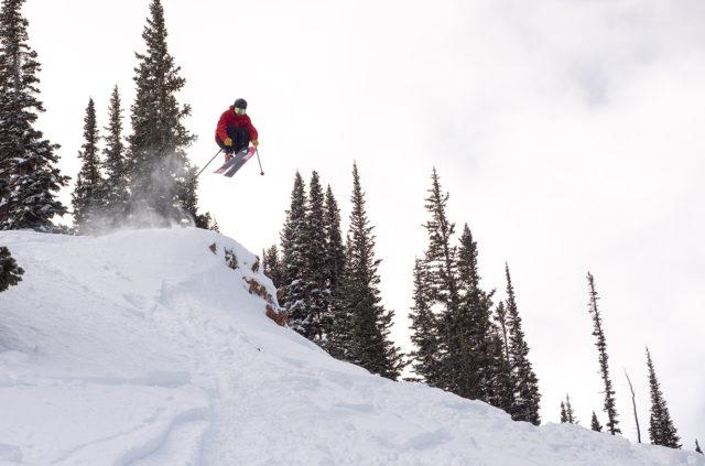 Sam Shaheen and Luke Koppa review the Zipline XT Goggle for Blister